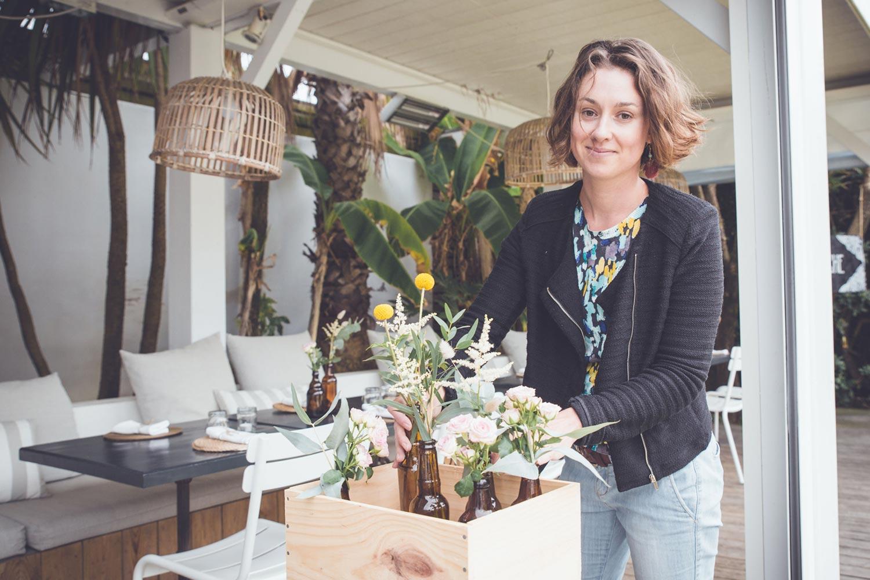 Mariage bohème et vintage à la Beach House d'Anglet - fleuriste Rouge pivoine